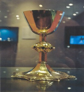 A gold chalice of the same design as the one stolen